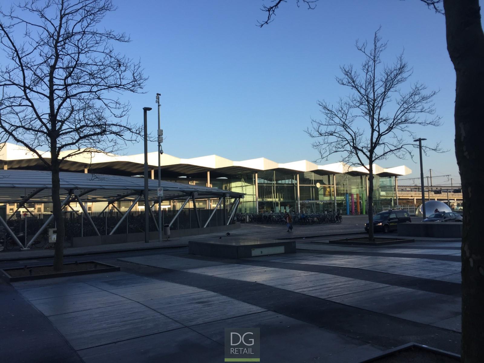 commercieel gelijkvloers te koop 'Plaza Express' (R1131)  - Stationsplein  , 9100 Sint-Niklaas, België 5