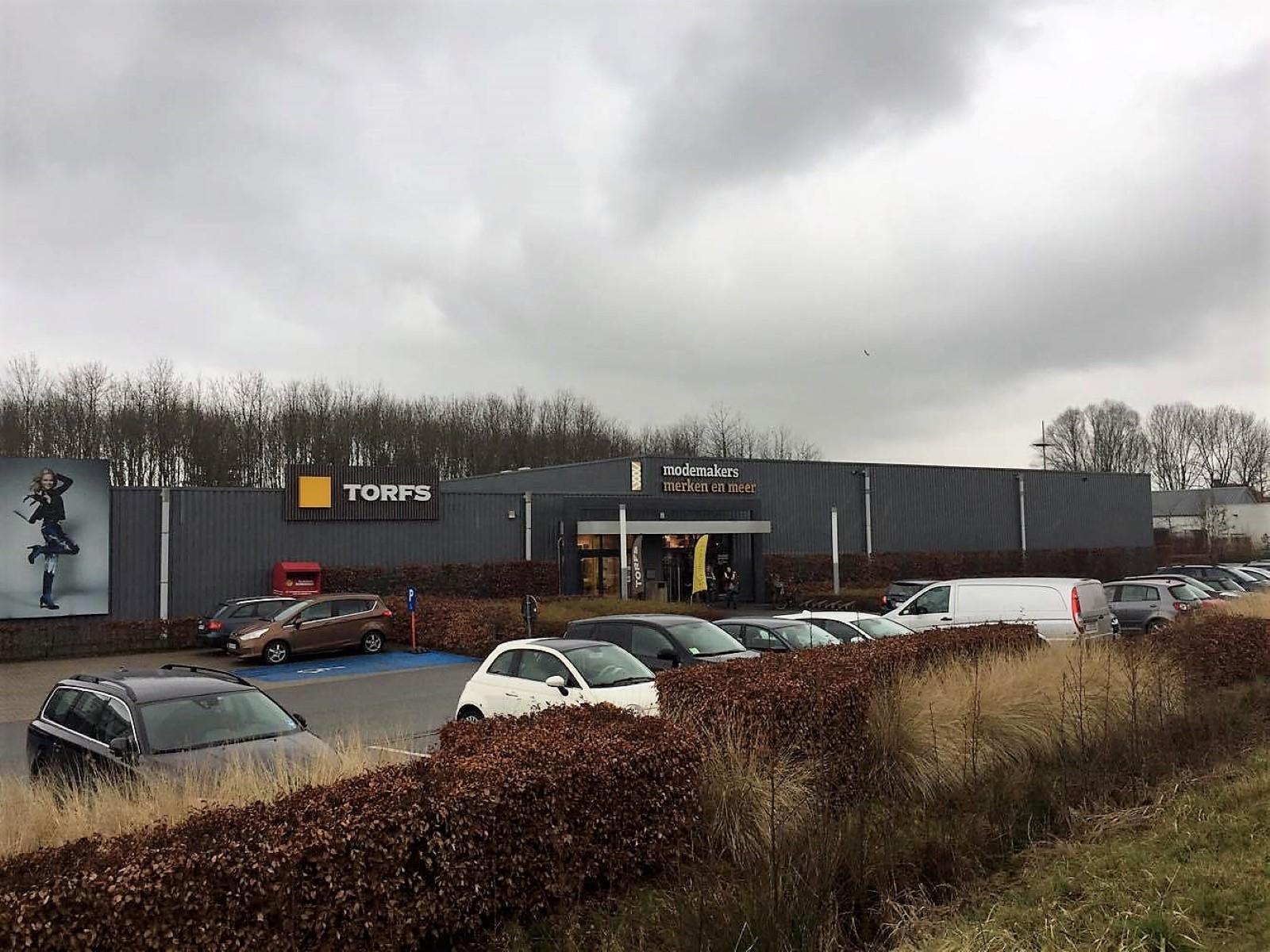 commercieel centrum te huur R1266 - Boomlaarstraat 309, 2500 Lier, België 3