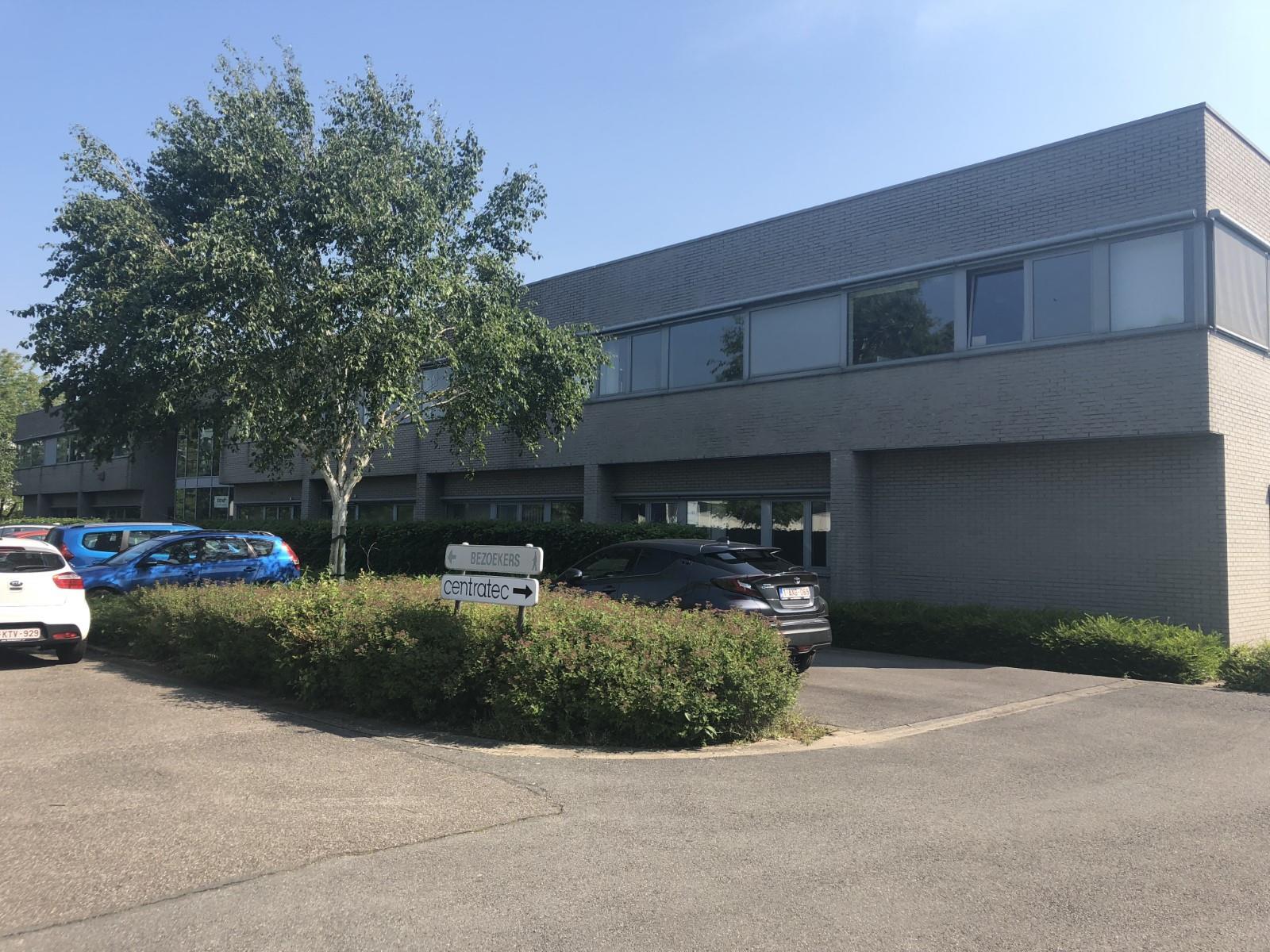 bedrijfsgebouw te koop I067TK - Zandvoortstraat 1, 2800 Mechelen, België 1