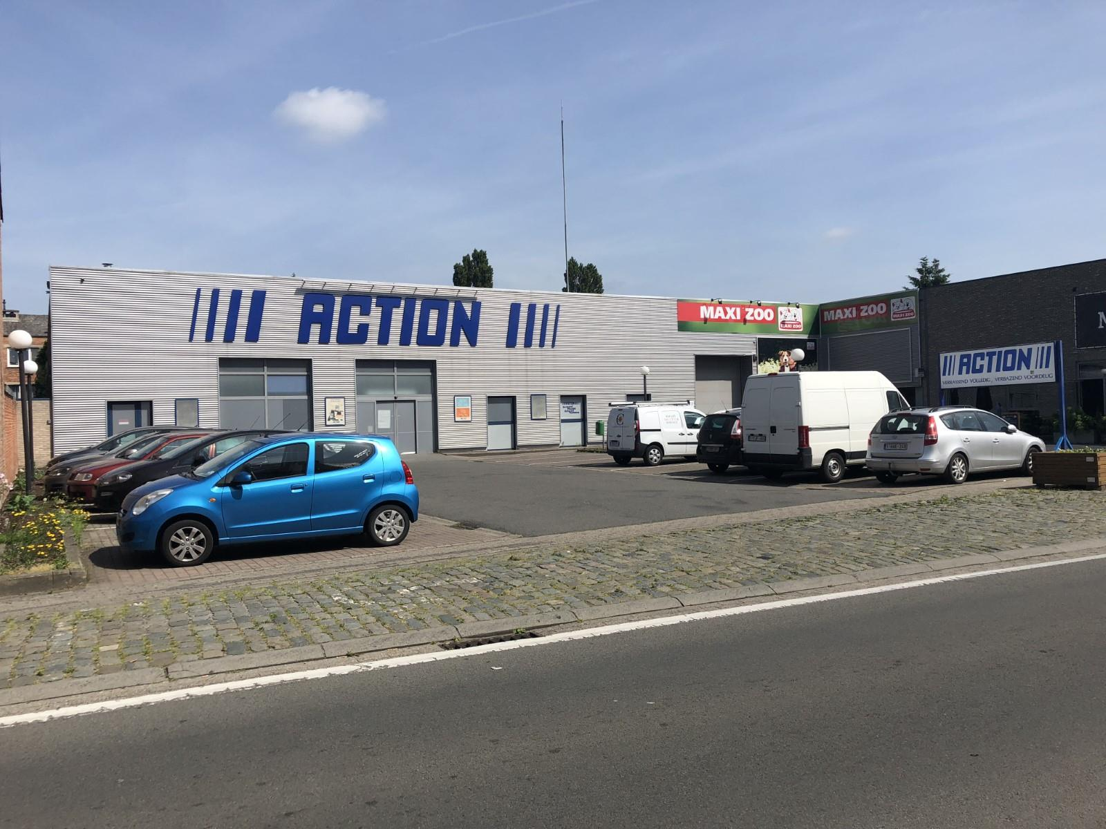 commercieel gelijkvloers te huur R1470 Gentsesteenweg 24